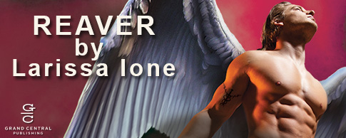 Release Day Blitz & Giveaway: REAVER by Larissa Ione