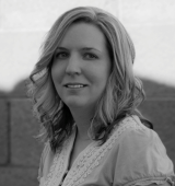 Author Picture - Tiffany Allee